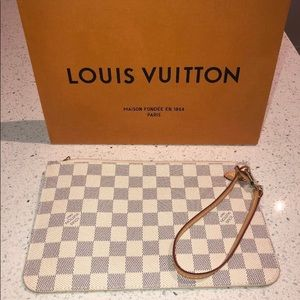 Louis Vuitton Neverfull MM Pochette Damier Azur